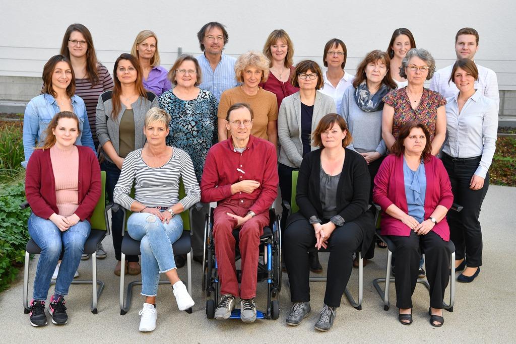 Foto des MItarbeiterteams im Studienzentrum Mannheim
